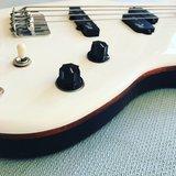 Mr.Drubbel Jazzmaster Bass Henny Vrienten_